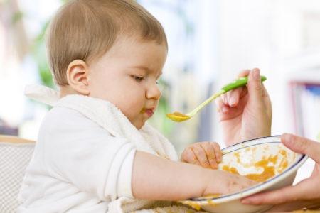 Baby på 7mnd: Får hun nok melk og fast føde?…